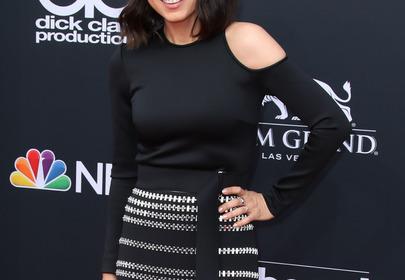 Mila Kunis już nie jest brunetką! Teraz nosi platynowy blond