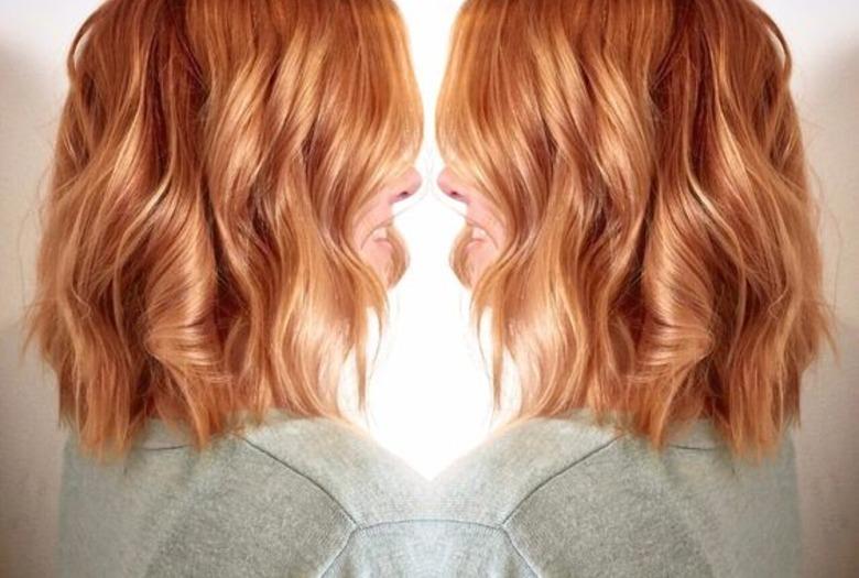 Peach Cobbler Rudy Kolor Rozświetlający Włosy Zdjęcia