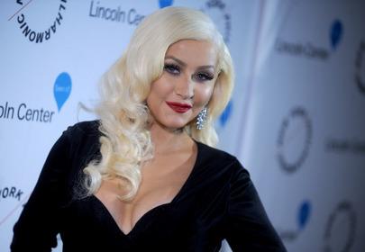 Christina Aguilera piercing