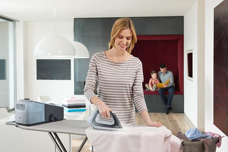 Jak szybko wyprasować stertę prania? Wizaz.pl