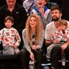 Shakira z rodziną na meczu koszykówki