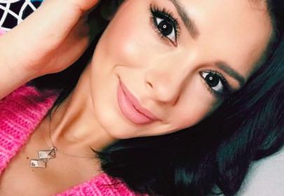 Klaudia Halejcio - selfie