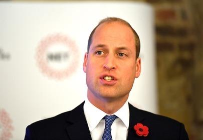 Książę William jeździ na wózku inwalidzkim