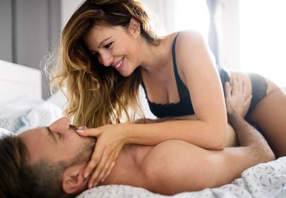 Pary, które razem podróżują mają lepszy seks