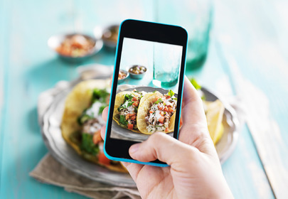 jedzenie smartfon
