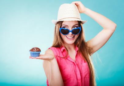 dziewczyna z muffinem