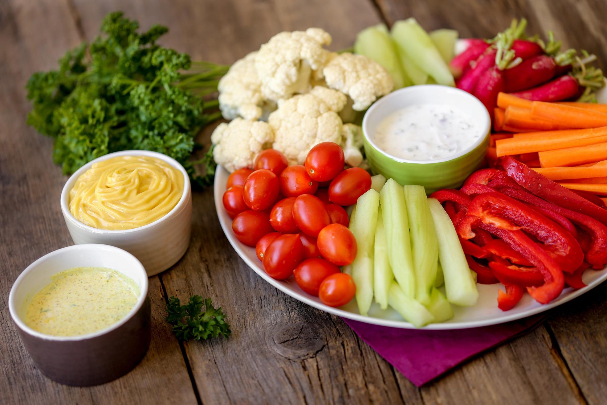 4 sprawdzone przepisy na jesienne dipy do warzyw
