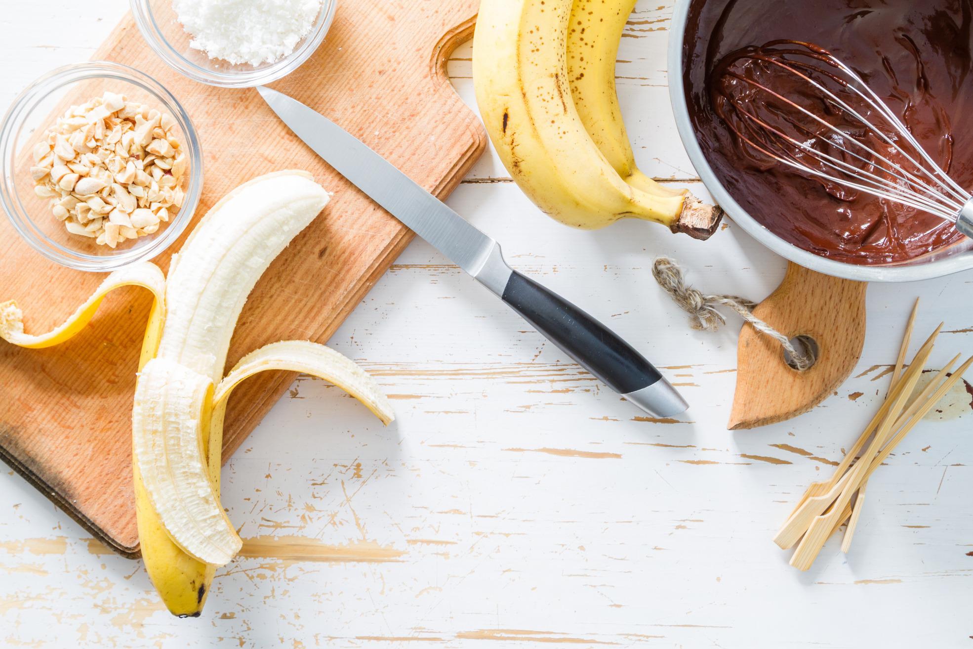 Czekolada czy kokos? TOP 7: przepisy z bananami na słodko