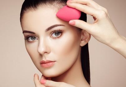 makijaż wykonywany beauty blenderem