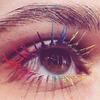 Najnowszy trend w makijażu- kolorowe rzęsy