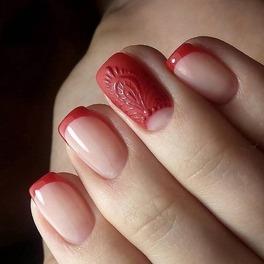 Jak urozmaicić french manicure?