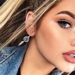 seksowna dziewczyna selfie blondynka