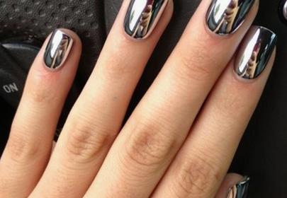 lustrzane paznokcie