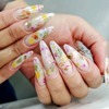 Modne paznokcie 2020: manicure milky nails