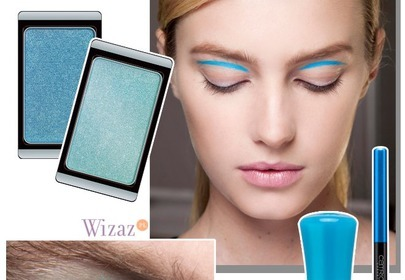 Niebieski makijaż