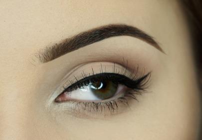 Tak rodzaj kreski wpływa na wygląd oka!