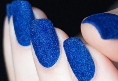 Jak zrobić velvet manicure