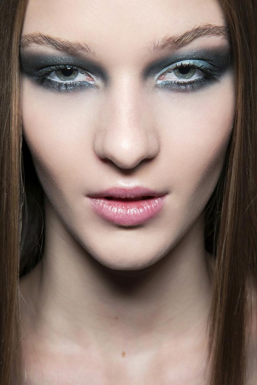 szmaragdowy makijaż