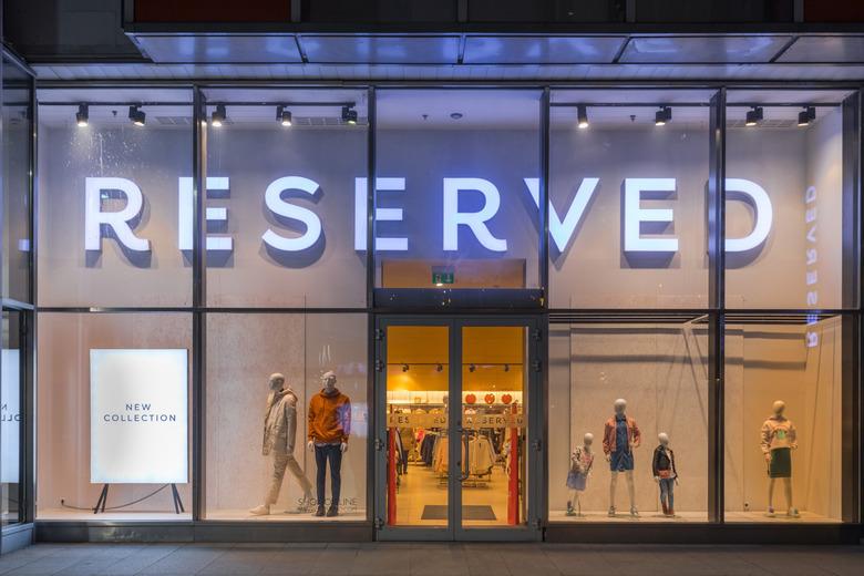reserved sklepy zamknięte koronawirus