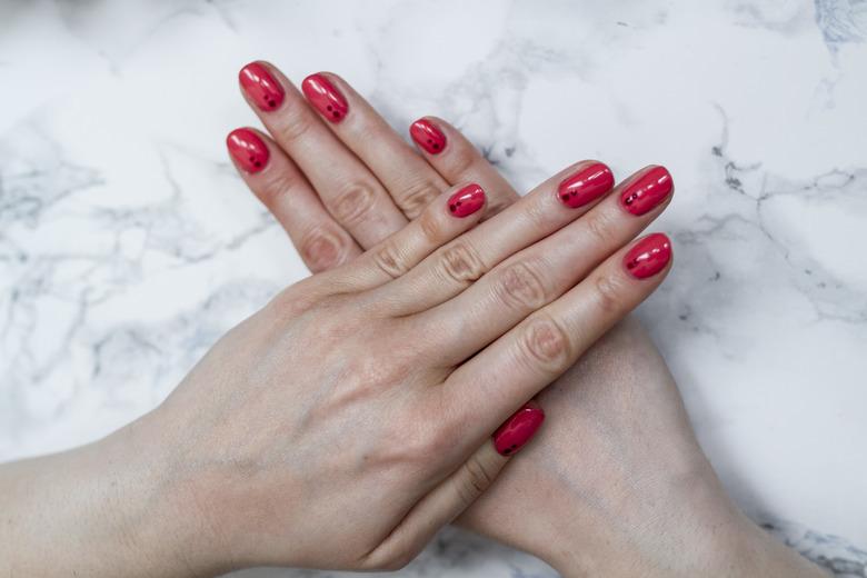 manicure hybrydowy Eveline