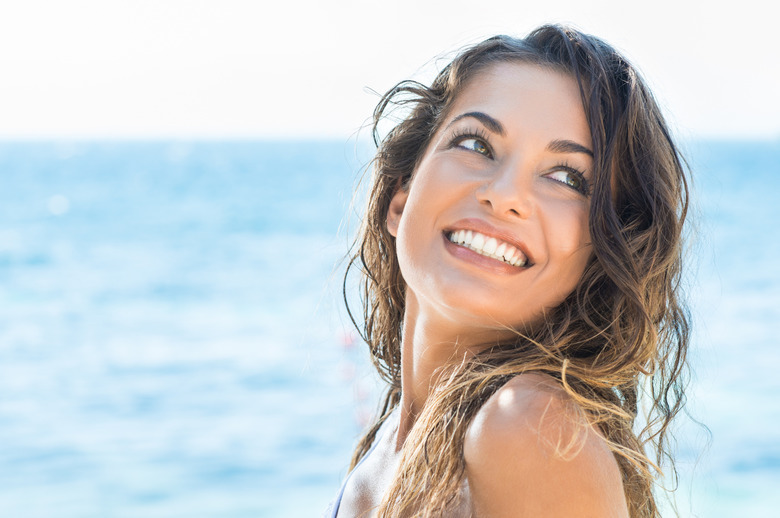 uśmiehnięta kobieta