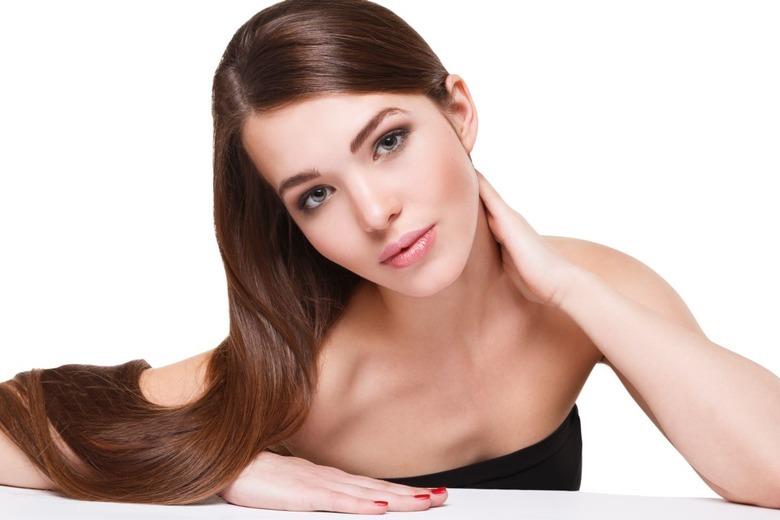 długowłosa kobieta