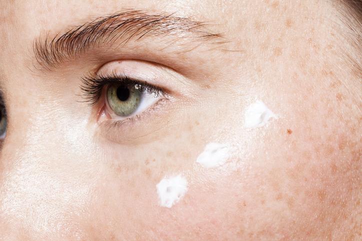 Krem na przebarwienia twarzy.jpg