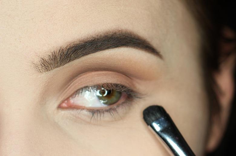 Makijaż cut crease krok po kroku
