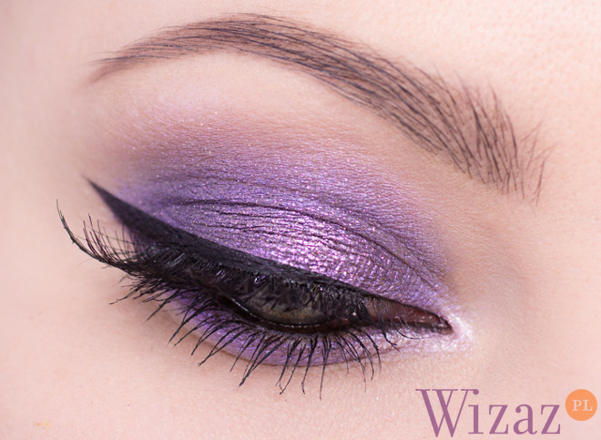 fioletowy makijaż oczu