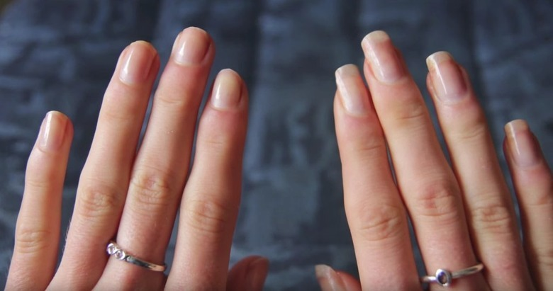 Paznokcie przed i po użyciu domowego serum do paznokci