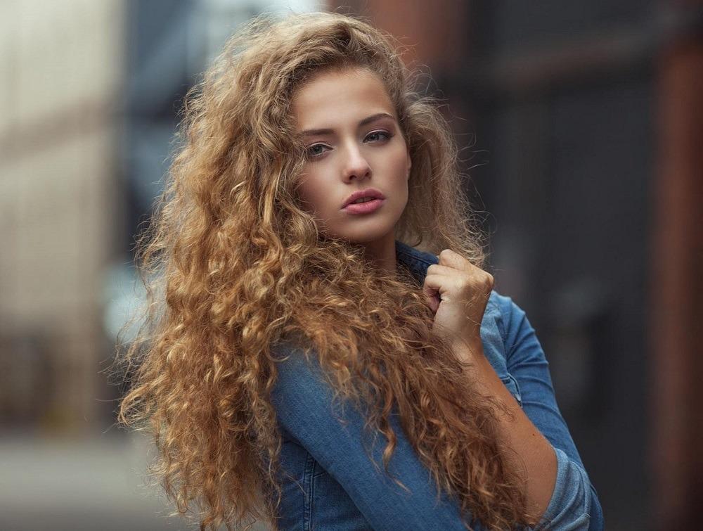 Jak Pielęgnować Włosy Kręcone Tricki Wizaz Pl
