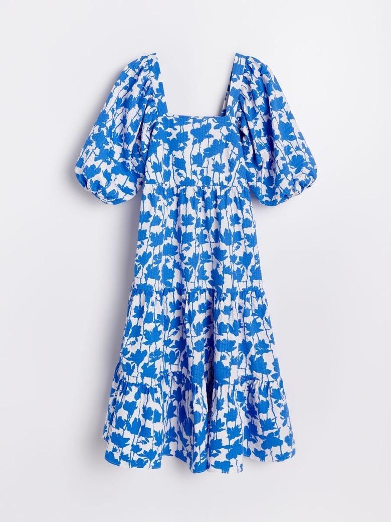 sukienka z reserved podbija instagram jest przeceniona