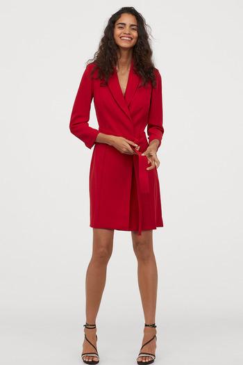 Czerwona sukienka H&M- 149,99 zł