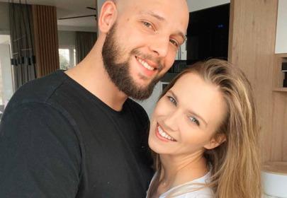 Do sieci trafiły niepublikowane zdjęcia ze ślubu Agnieszki Kaczorowskiej