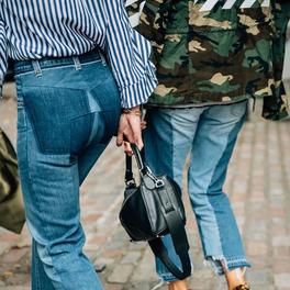 jasne modne dżinsy w stylu vetements