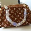 Podróbka torebki Louis Vuitton