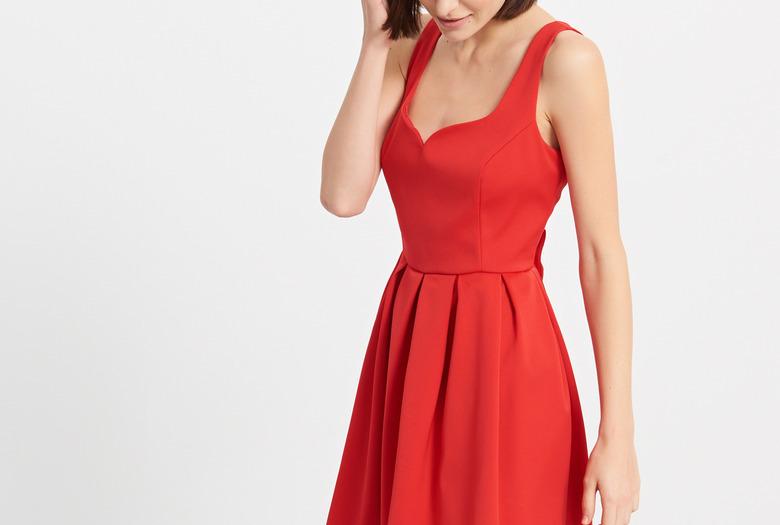 Sukienka wigilijna z Reserved/fot. mat. prasowe