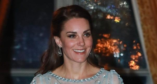46ae55a5d8 Kate Middleton w sukience za 15 tys. zł - Wizaz.pl