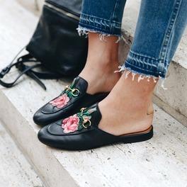 buty mule 2017 w kwiaty w stylu gucci