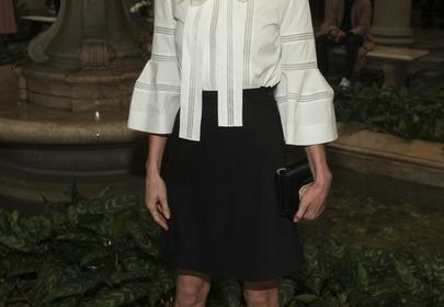 Kate Bosworth w koszuli z rozkloszowanymi rękawami/fot. EN