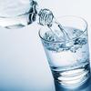 MIT: picie wody nawilża skórę lepiej niż najlepszy krem