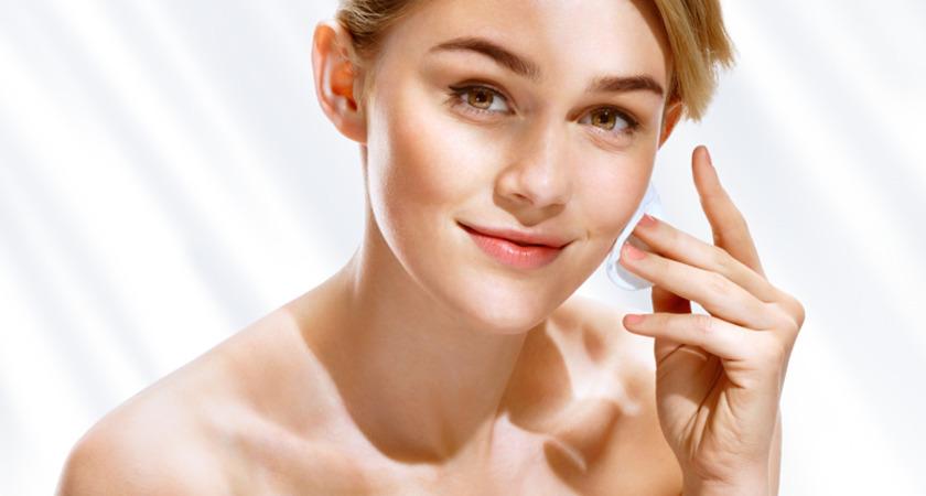demakijaż twarzy demakijaż oczu kosmetyki płyn micelarny olejek do demakijażu płyn do demakijażu