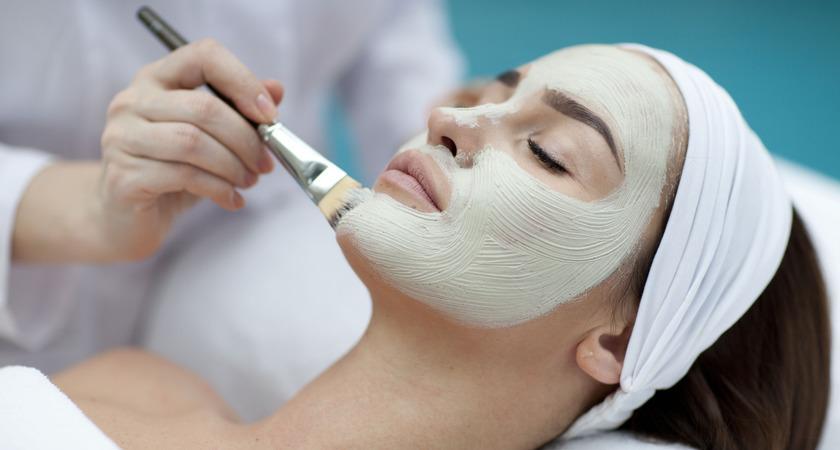 jak wybrać kosmetyczkę i salon kosmetyczny