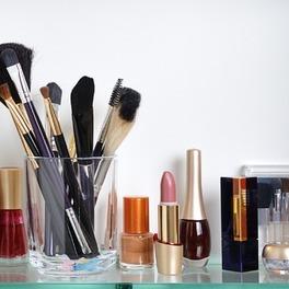 porządki w kosmetykach