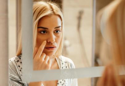 rozszerzone pory na twarzy przyczyny zapobieganie zabiegi domowe sposoby pielęgnacja