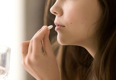 kobieta tabletka