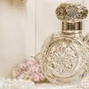 Czy perfumy mogą spowodować przebarwienia na skórze?