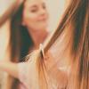 Olejek rycynowy na błyszczące włosy