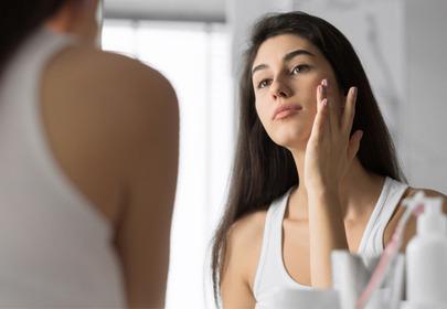 Żel nawilżający Garnier Skin Naturals Hyaluronic Alloe Jelly skład  działanie opinie promocja