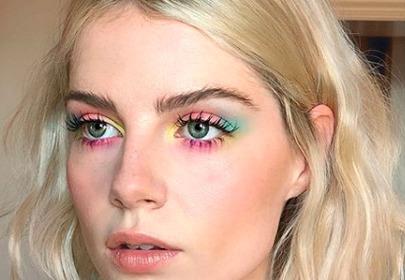 Akwarelowy makijaż - prosta i efektowna propozycja dla laików